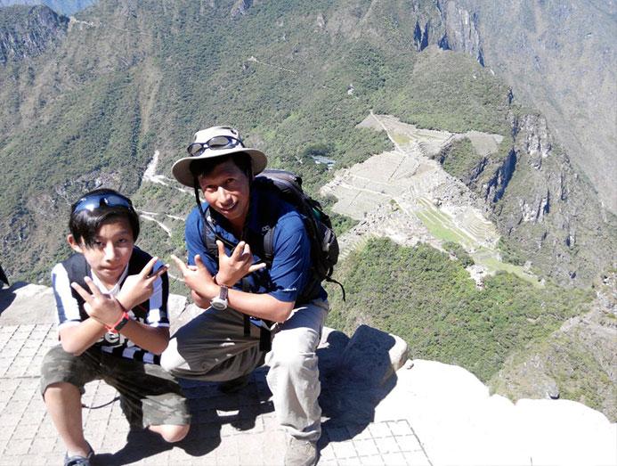 Luxury_travel_to_Peru_ancient_summit