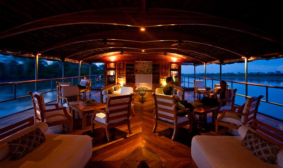 Luxury Travel Amazon Delfin