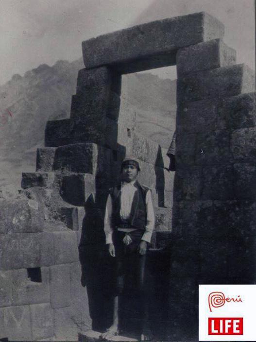 boy-pisac-cusco-peru-private-travel