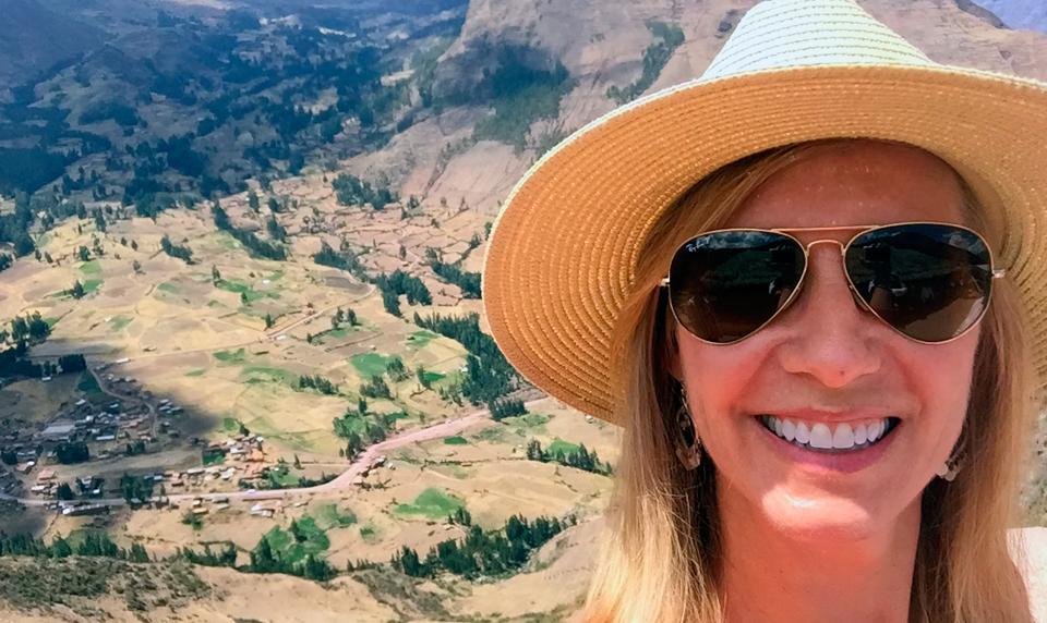 Peru-Custom-travel-ancient-summit